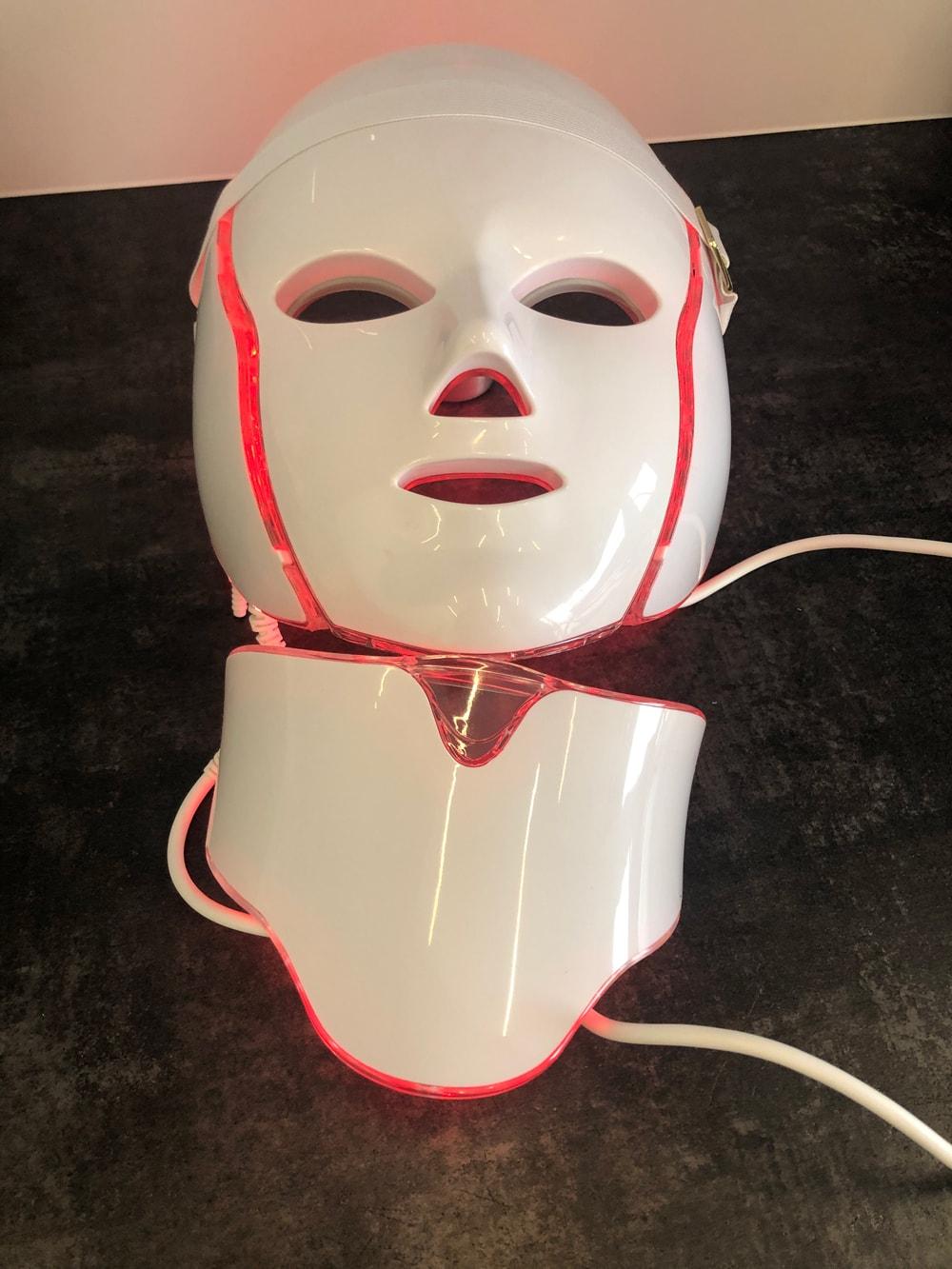 Maska LED z elektrostymulacją Studio Rybarkiewicz